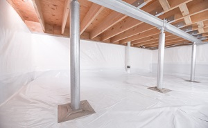 Crawl space structural support jacks installed in Walden